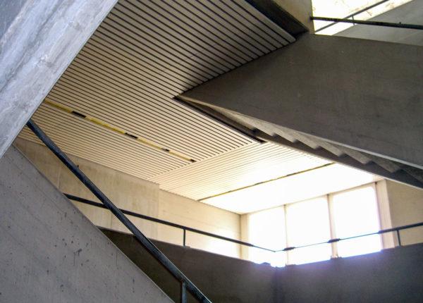 Schulhaus, Riedenhalden
